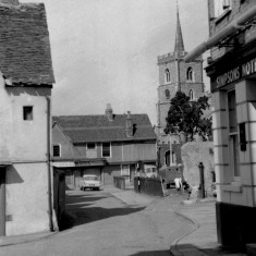 View from outside The Punch House and West Street | HALS (ref HrtCpl_0150_04_02)