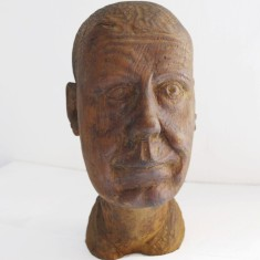 Carved self portrait by Harry Macdonald | Emma Pearce