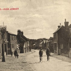 The High Street c1910 | Hertfordshire Archives and Local Studies