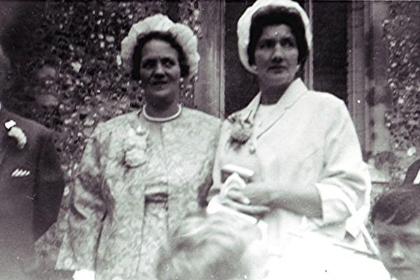 The Sibley sisters | Geoff Webb
