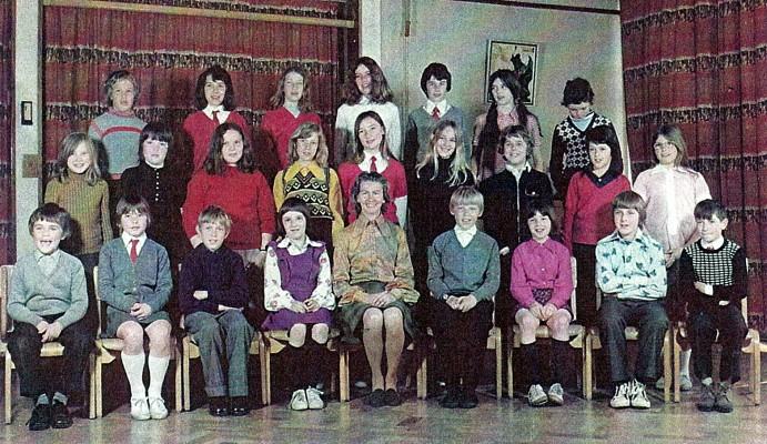Junior School Class 4L | Geoff Webb