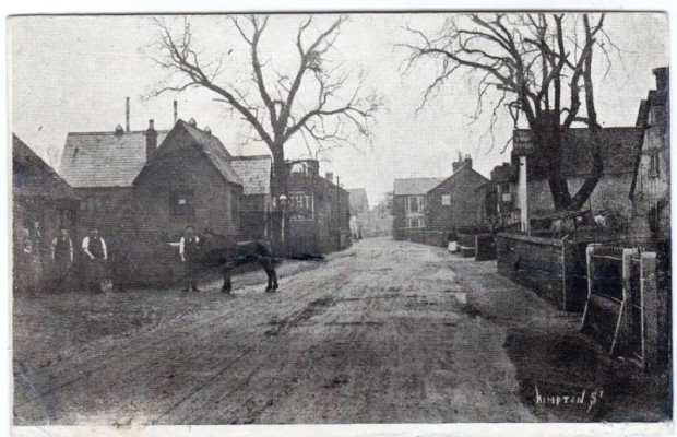A street view from 1907