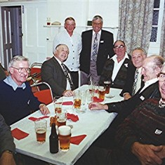 Left to right: Tony King, John Dew, John Pidgeon, Tom Archer, Jeff Coote, Maurice 'Mo' Smith, Mick and Terry Day, and Brian Palmer | Geoff Webb