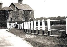 Cottages at Luton Lane