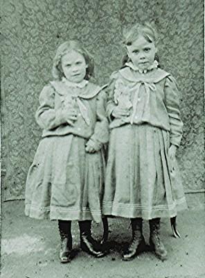 Minnie & Dorothy Senter | Geoff Webb