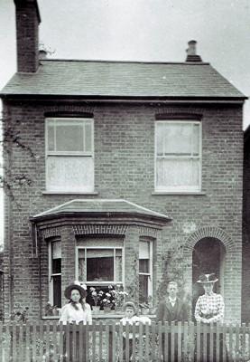 The Millard family   Geoff Webb