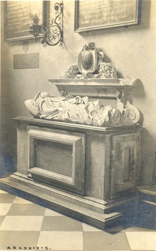 Monument to Anne Calvert, 1622 | Hertfordshire Archives & Local Studies