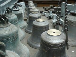 Eight of the thirteen bells   Jill Rudd