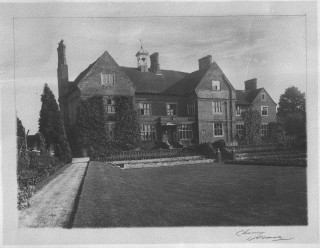 A photograph of Nast Hyde thought to be taken about 1920   Supplied by Simon Earl