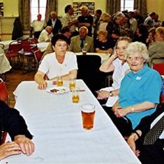Left to right: Eric Neville, Rosalind, Iris, Dorothy and Horace Brett | Geoff Webb