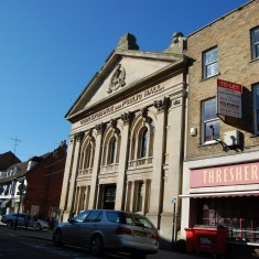 The Corn Exchange from the same angle in 2010. The shop next door is still a wine merchant. | Fiona MacDonald