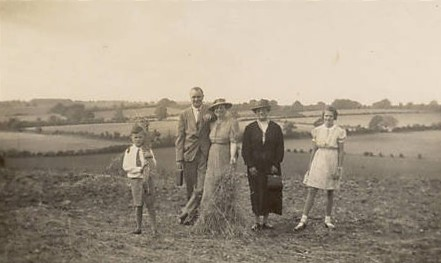 A mystery photo taken near Offley September 1940 - can anyone identify these people?
