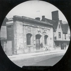 This is the old Corn Exchange, built in  the early 1840s on the site previously occupied by the gaol or 'lock-up'. Prior to this trading in corn was done at the back of the Shire Hall. Part of the Cross Keys Inn can be seen on the right. | Hertfordshire Archives and Local Studies/Mr Elsden