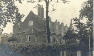 Dewhurst School 1910 | Hertfordshire Archives & Local Studies