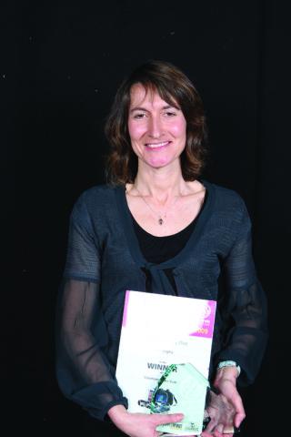 Fiona Copley (Broxbourne Hockey Club) with her Volunteer of the Year award | Broxbourne Borough Council