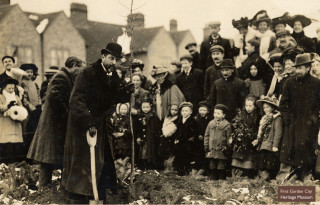Rider Haggard at Arbor Day 1909 | First Garden City Heritage Museum
