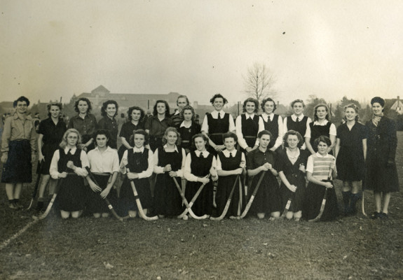 Old girls versus Letchworth Grammar School pupils hockey match, February 1947 | First Garden City Heritage Museum (not to be reproduced without permission)