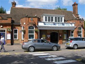 Letchworth Railway station | Louise M