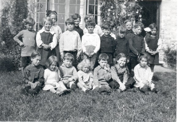 Miss Booth's class 1919-1920 | Hertfordshire Archives and Local Studies