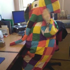 Elmer tries out the computers | Letchworth Library