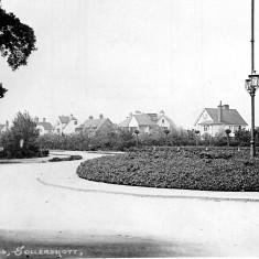 Sollershott Circus c.1912 | First Garden City Heritage Museum (ref. FGCHM 507.17)