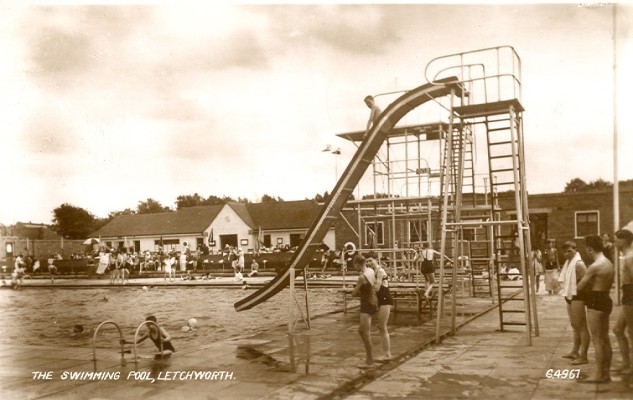 Letchworth Swimming Pool 1953 | Valentine Series