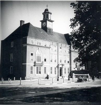 Letchworth Town Hall | E E. Cutworth