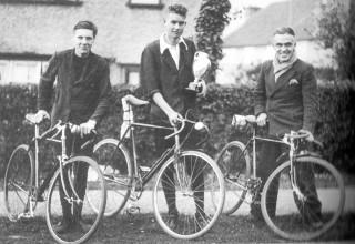 Winners of the Bristish Tab interworks 25-mile time trial c1936
