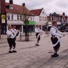 Morris men dancing in Leys Avenue