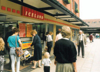 Iceland store in Garden Square Shopping Centre, c. 1990.