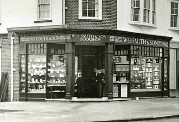 W.H. Smith & Son, Leys Avenue, c. 1910. | LGC Heritage Museum