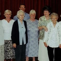 Helpers:  Left to right: Betty and Olive Peacock, Stella Coote, Geoff Webb, Doris Elsden, Jean Daniels, Muriel Draper, Ruth Tingey. | Geoff Webb