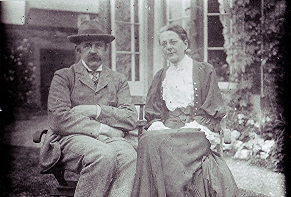 Robert Cecil & Anne Peake   Geoff Webb