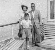 Ray, Betty & Derek Their Son | Derek Welch