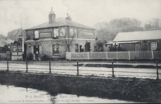 The Red House, London Road
