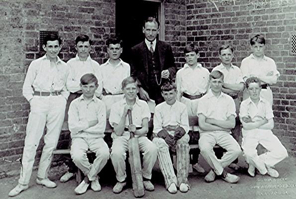 Back row left to right: Donald Flatt, Bernard Draper, Bob Pidgeon, C.V.H. Cooper (Headmaster), John Marshall, John Smith, Sid Draper.  Front row left to right: Norman Smith, Bill Hall, Jack Halsey, Sam Cripps, Aubrey 'Bob' Reed.   Geoff Webb