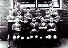 Boys School Football Team, 1935/36