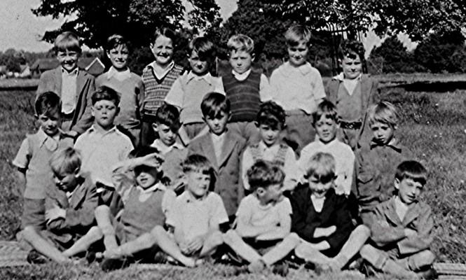 Infants School Boys - 1948   Geoff Webb