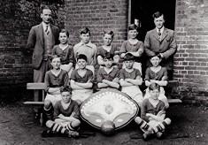 Boys School Football Team, 1931/32