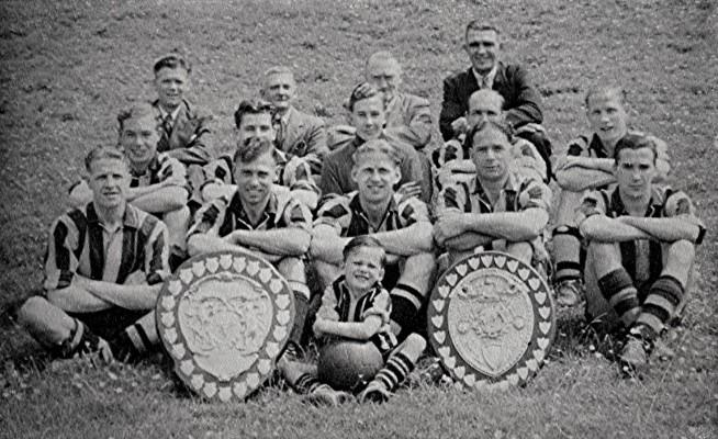 Redbourne Football Club Team c.1950   Geoff Webb