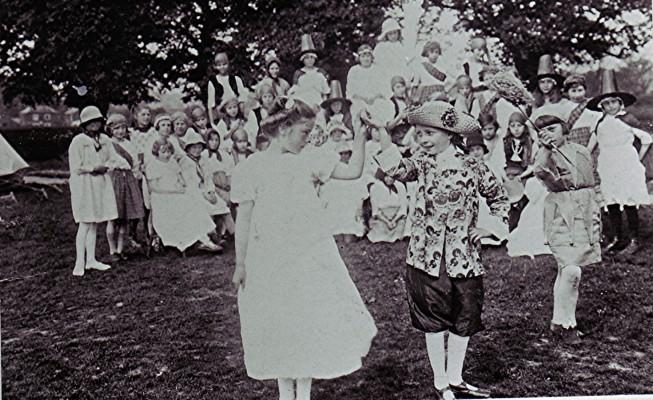 Girls School, Empire Day 1924 | Geoff Webb