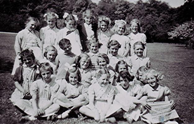 Girls School Outing | Geoff Webb