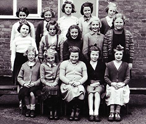 Girls School Group   Geoff Webb