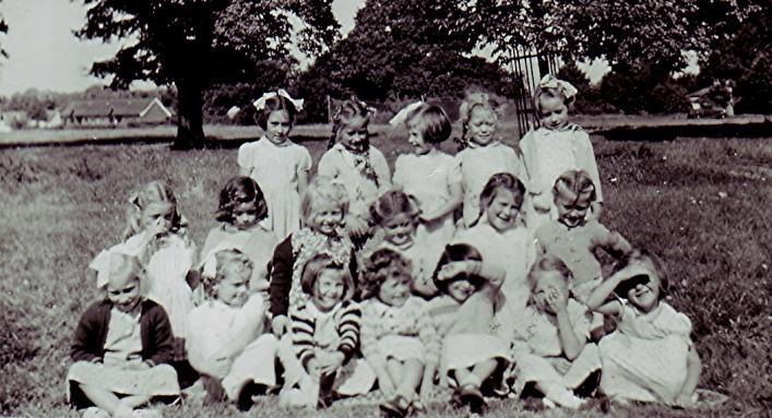 Infants School Girls Group   Geoff Webb