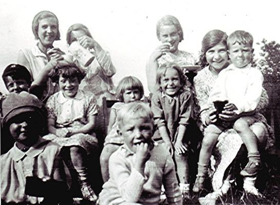 Methodist Church childrens' picnic | Geoff Webb