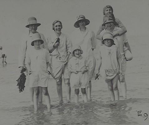 Methodist Seaside Outing | Geoff Webb