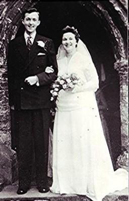 The happy couple, David Richardson and Geraldine Blain   Geoff Webb