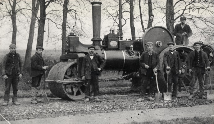 Road laying gang, c1920 | Hertfordshire Archives & Local Studies