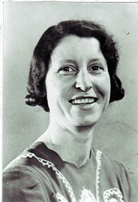 Rose Hewitt-1936. | Geoff Webb