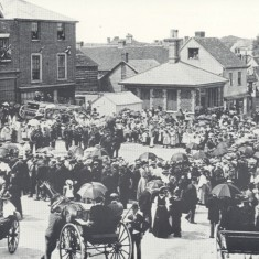 Royston High Street and the procession to celebrate the Diamond Jubilee of Queen Victoria, 1897 | Hertfordshire Archives & Local Studies